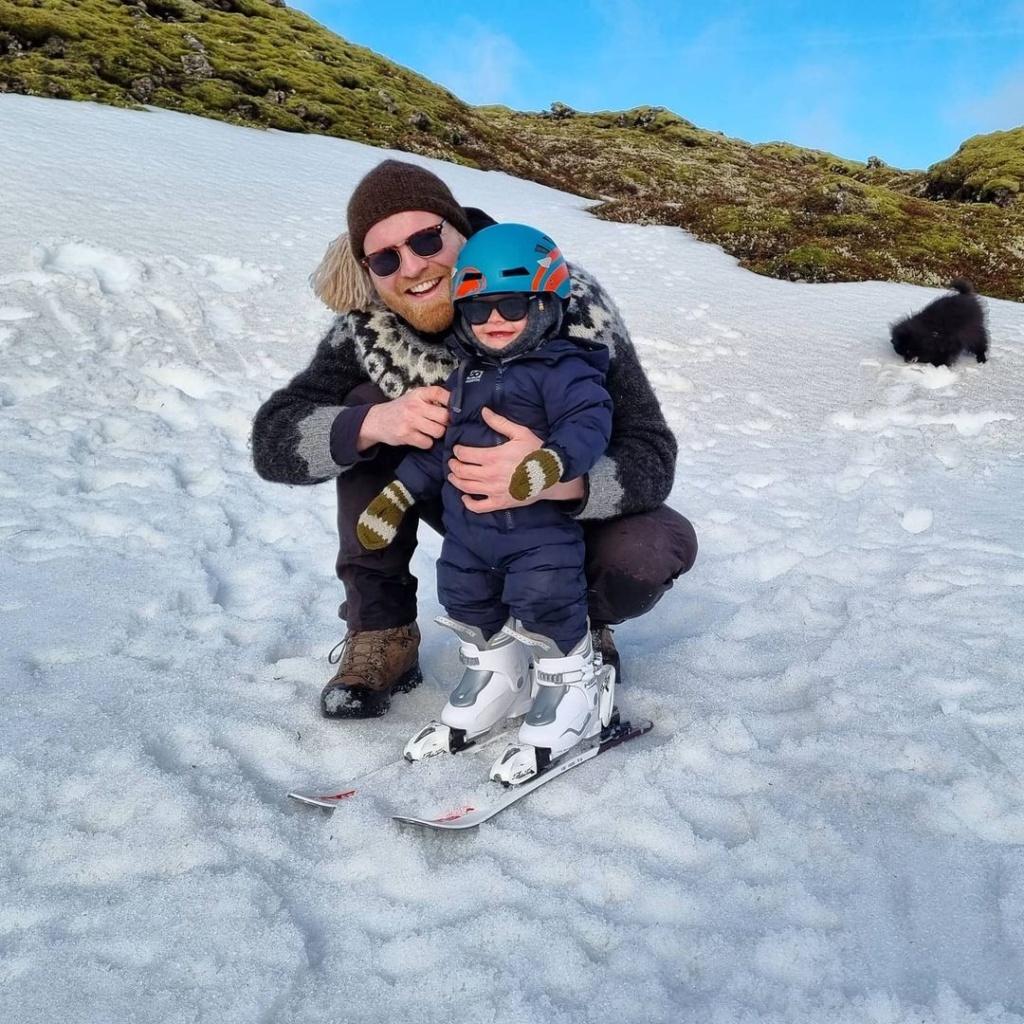 Ulfar ijego córka nanartach. Islandia zdzieckiem.